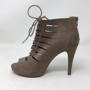 Fergalicious Tahoe Lace Up Ankle Booties 8 1/2